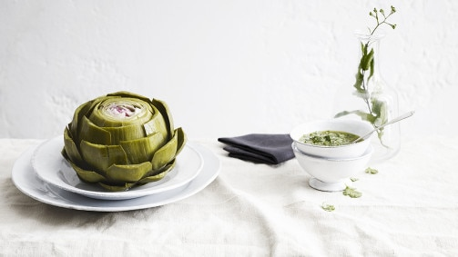 Fantastic ingredient for foodies: the artichoke, a flower in your plate