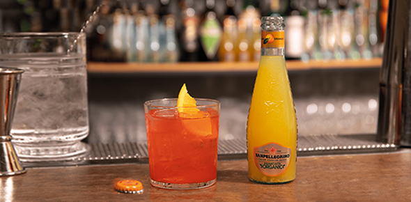 Sanpellegrino Garibaldi cocktail with Aranciata Organic