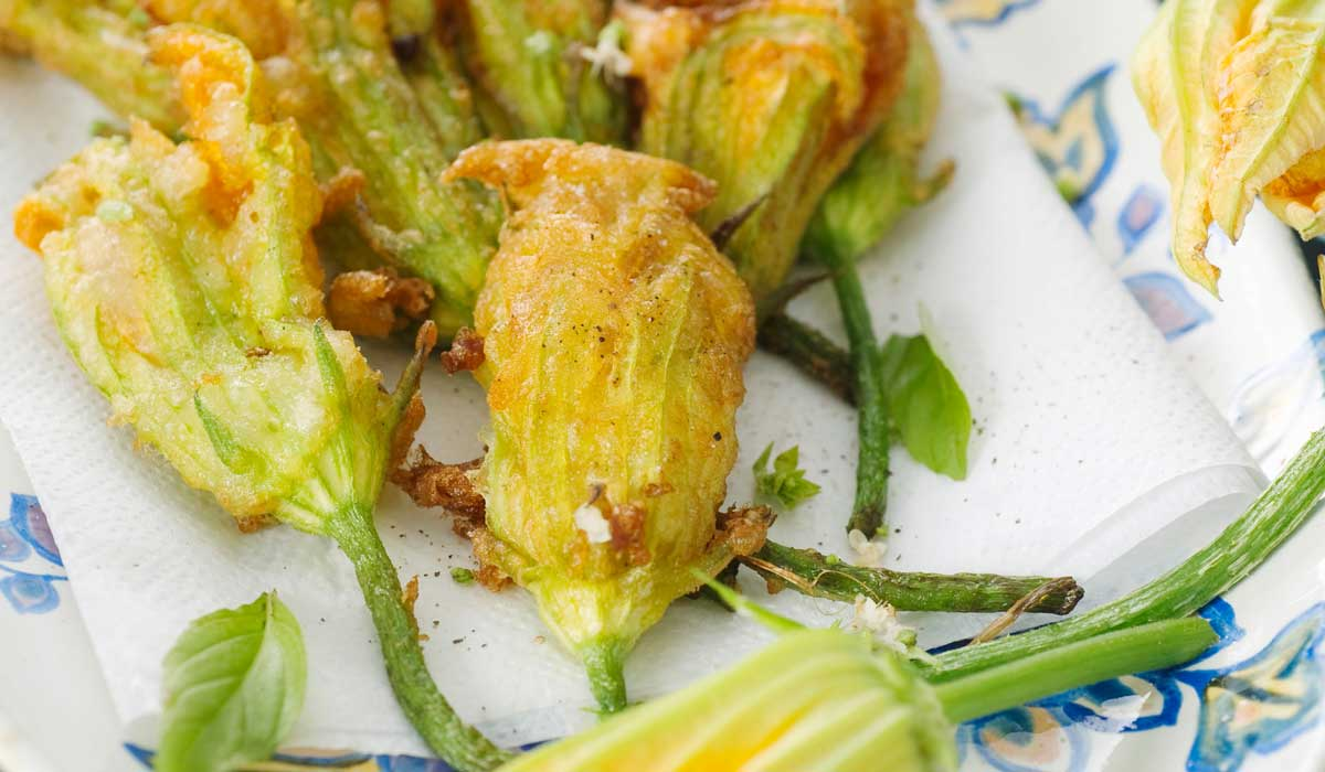 Stuffed zucchini flowers recipe